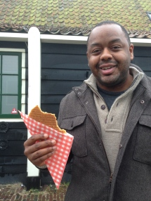 Get that warm and toasty stroopwafel with melting caramel inside!
