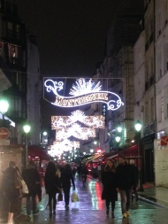 Rue de Montorgueil. Find Stoher bakery, a levain loaf, a cup of coffee, or sweet styles down this very 'Pa-ree' road.