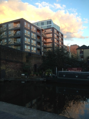 Chasing light on Regent's Canal