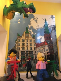 The entrance to the lego store!
