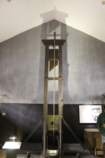 French Guillotine for Vietnamese prisoners