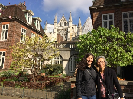 We were lucky the gardens at Westminster were open!