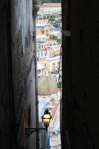 Capturing the duomo from a narrow staircase