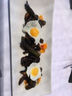 Quail eggs, asparagus and mushrooms